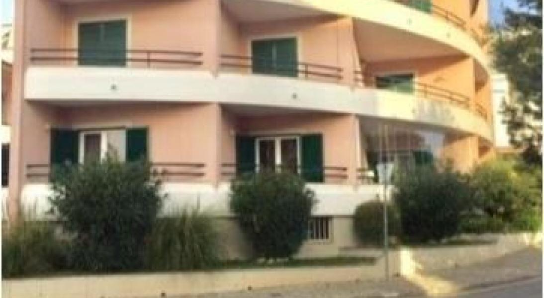 Cascais, Lisboa, ,2 BathroomsBathrooms,Office,For Sale,1010